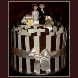 Stripe Mud Cake with Bride & Groom